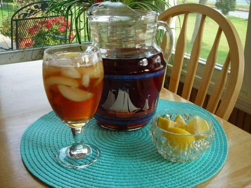 Nothing I Mean Is More Southern Than Sweet Tea We Drink It At Almost Every Meal Yes Iced For Breakfast Quite Good Actually