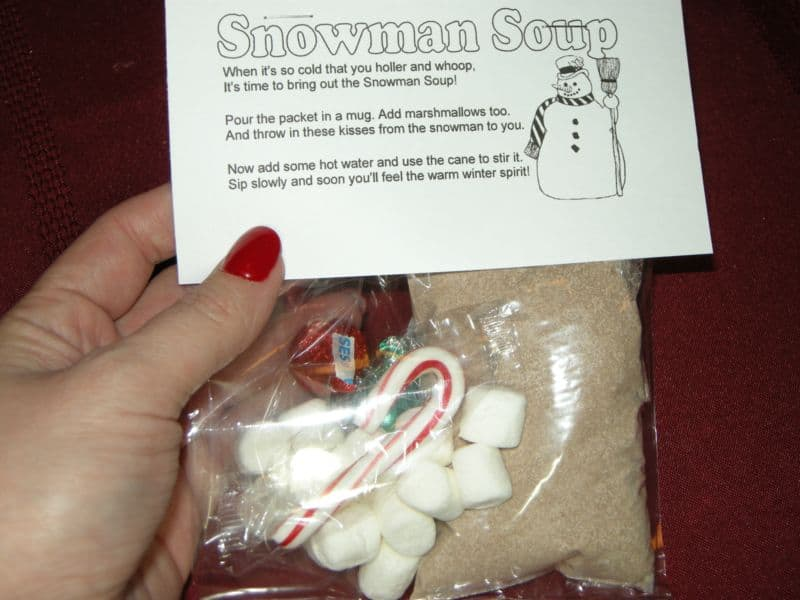 Homemade Hot Chocolate Mix (and Snowman Soup Kits!) - Southern Plate