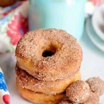 doughnuts and doughnuts holes