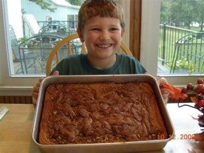 Lane's honey bun cake 011