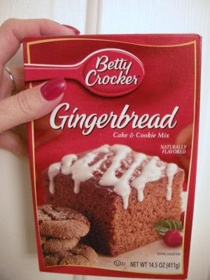 gingerbreadbox 003