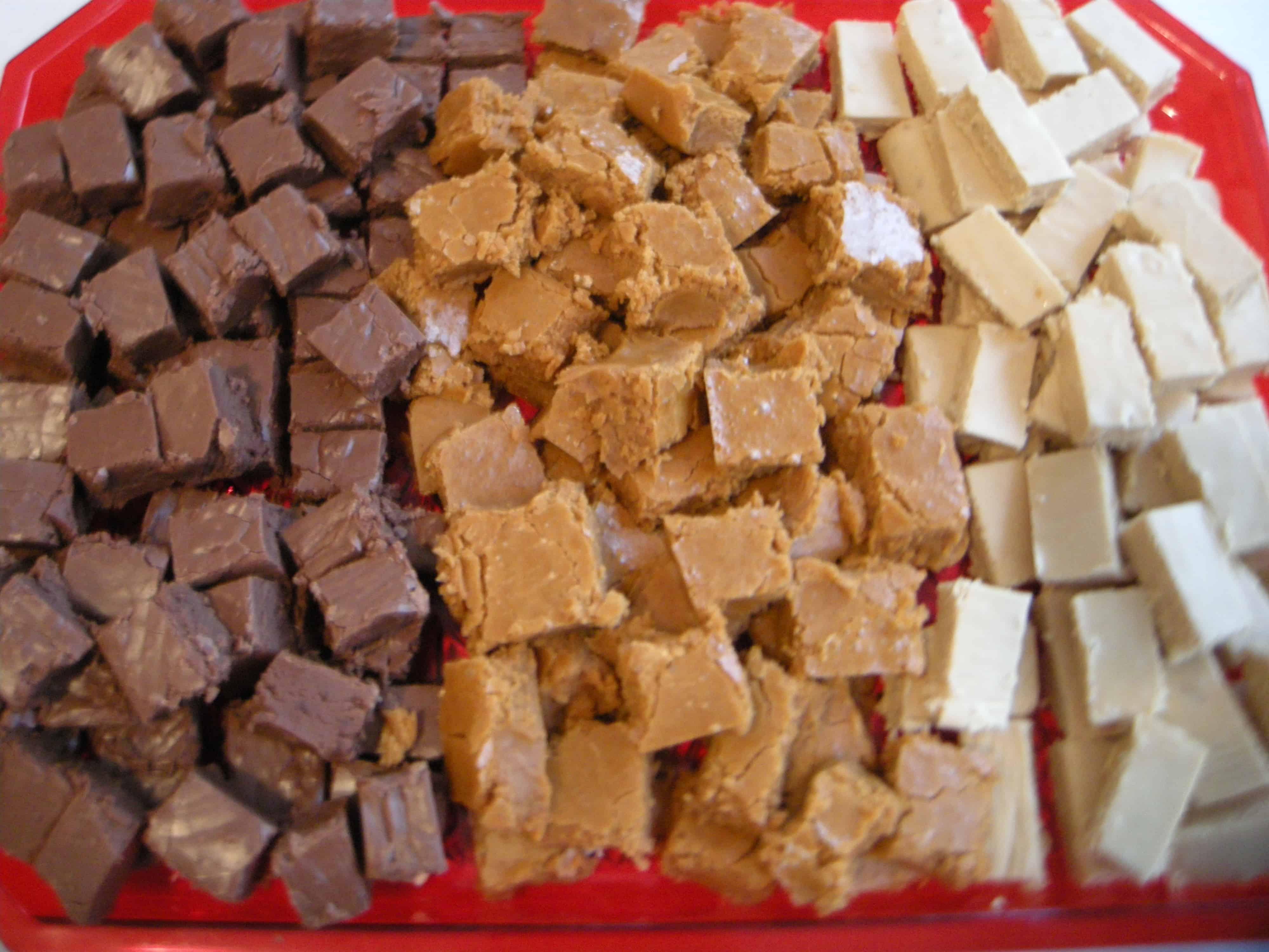 Cinnabun, Chocolate, or Peanut Butter Fudge!