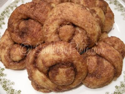 baked love knots