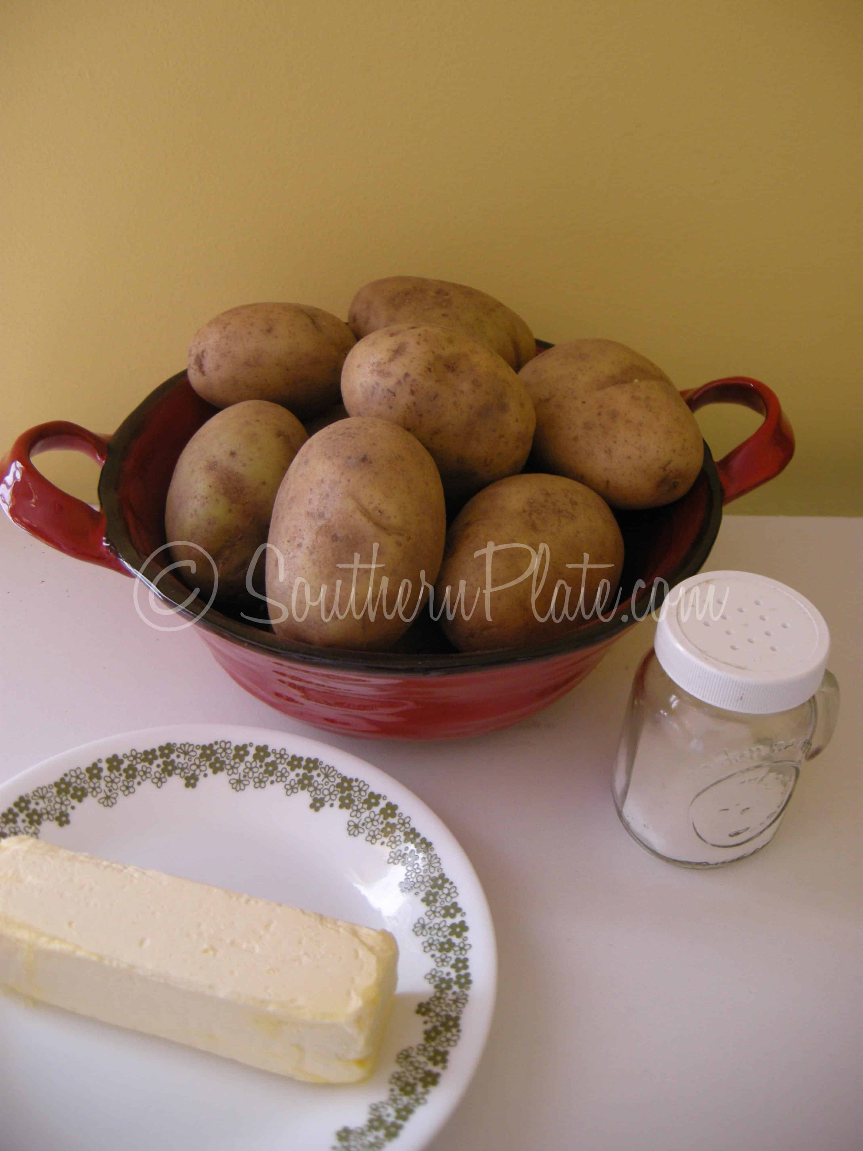 Tell me how to cook stewed potatoes With carrots and onions. Without meat