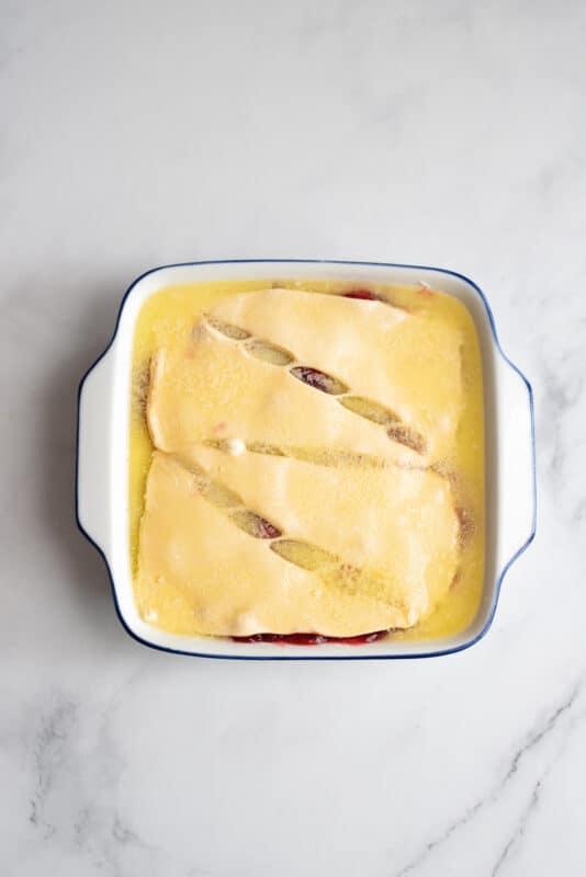 unbaked cherry cream cheese cobbler