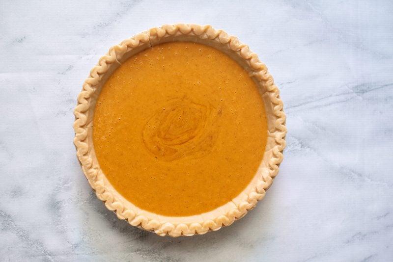pumpkin cream cheese pie in crust