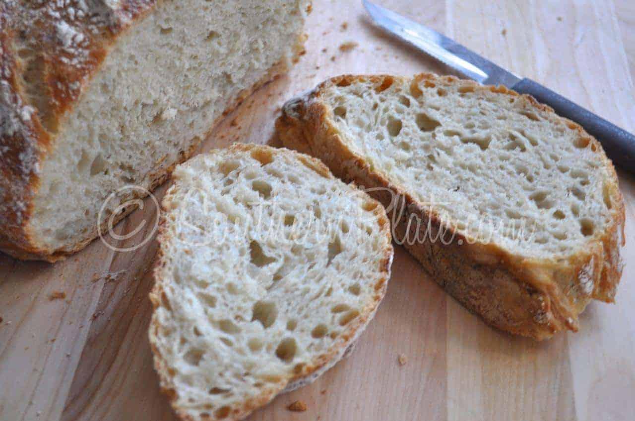 Easy Dutch Oven Crusty Bread
