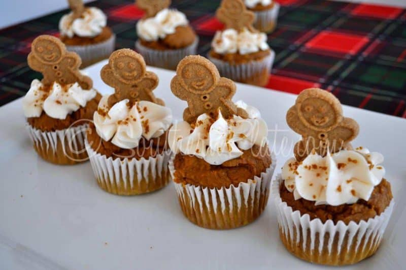Quick Gingerbread Party Muffins