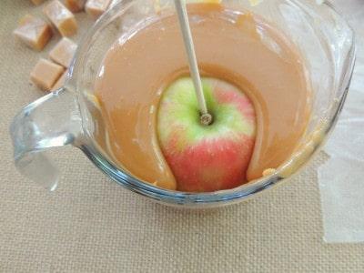 Chocolate Caramel Apples