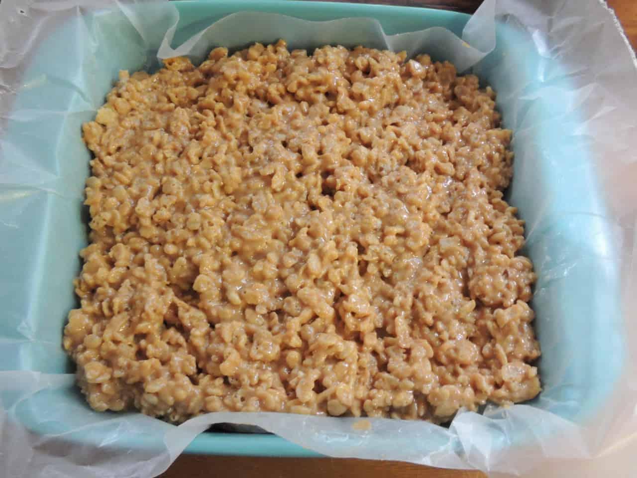 Fudgey Peanut Butter Rice Crispy Bars | Southern Plate