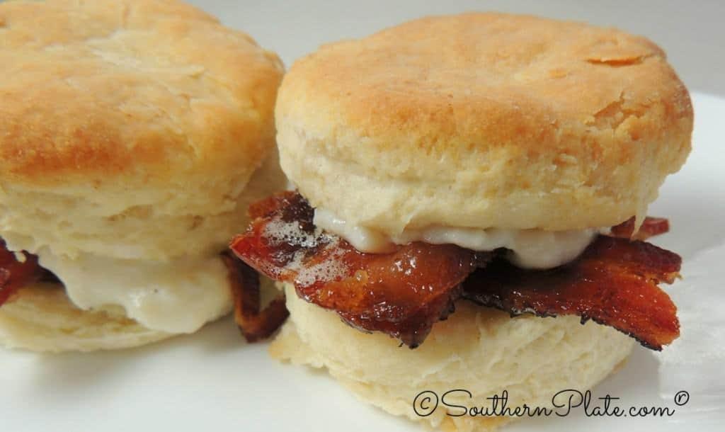 bacon garlic cream biscuits