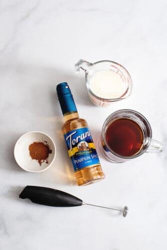 Ingredients for sugar-free pumpkin spice latte