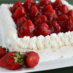 250Fresh Strawberry Cake