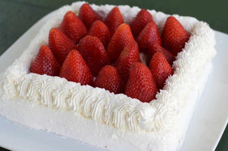 That AMAZING Strawberry Cake!