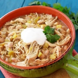 250Slow-Cooker-White-Chicken-Chili