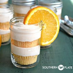 Creamsicle-Cakes-In-Jars