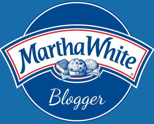 cropped martha white blogger
