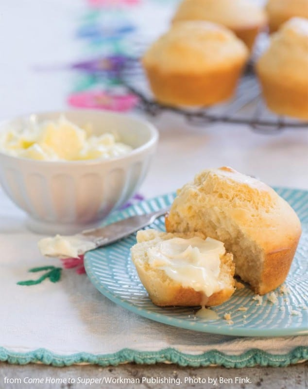 Ice Cream Rolls with White Lily