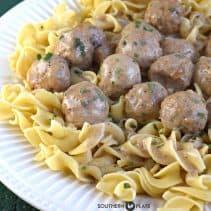 slow-cooker-salisbury-meatballs