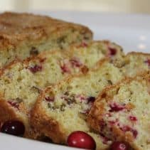 cranberry-bread-sliced-img_4284
