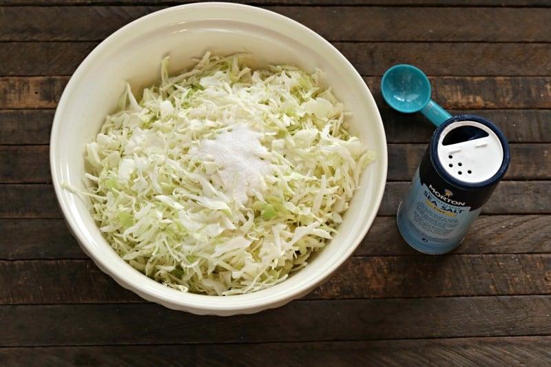 sauerkraut adding salt