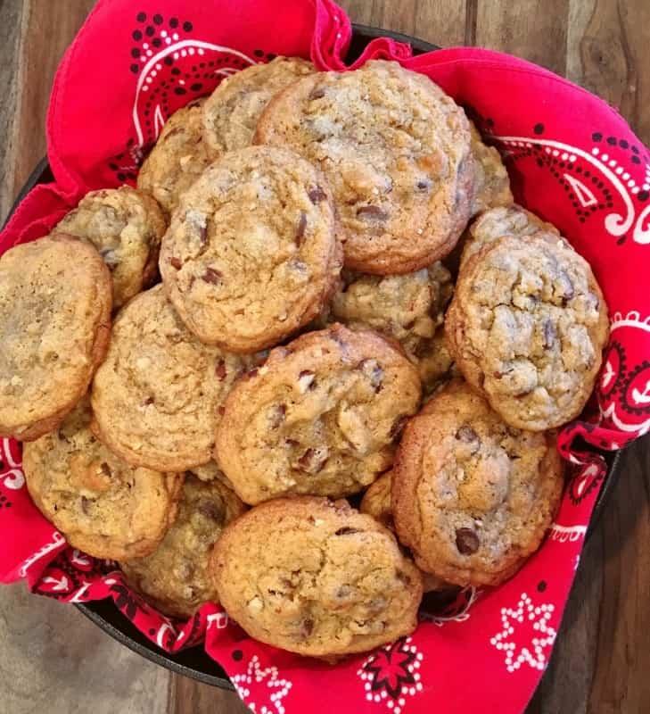 Chocolate-Chip-Cookies-2017-5-1-1sqyffv6njmv0mo9hmadoqhvtigtbsitjbeau0vt5vqk