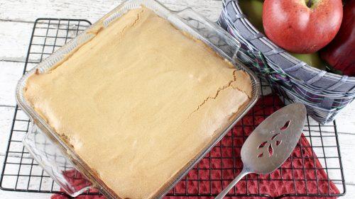 Fresh Apple Crackle Cake