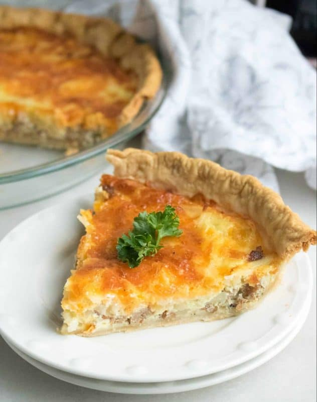 Make Ahead Breakfast Quiche - Easy and Customizable!