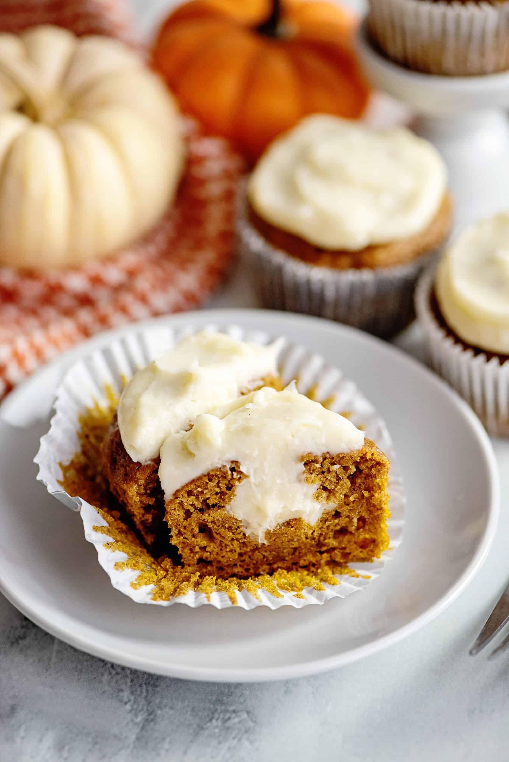 pumpkin cream cheese cupcake