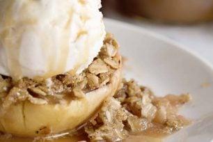 Baked Apples Recipe So Easy!