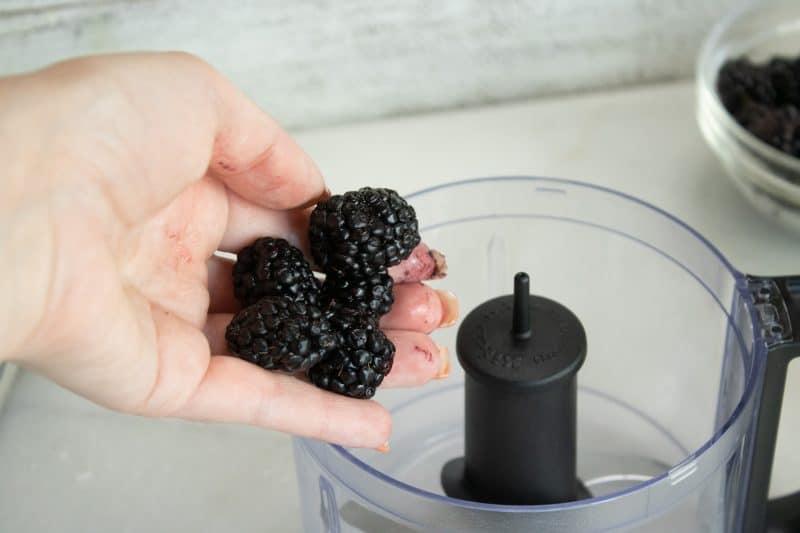 Preparing Blackberries