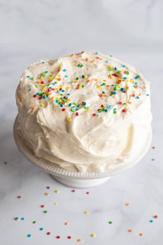 easy birthday cake with sprinkles